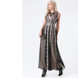 Bebe Metallic Maxi Embroidered Tulle Mesh Gown 10